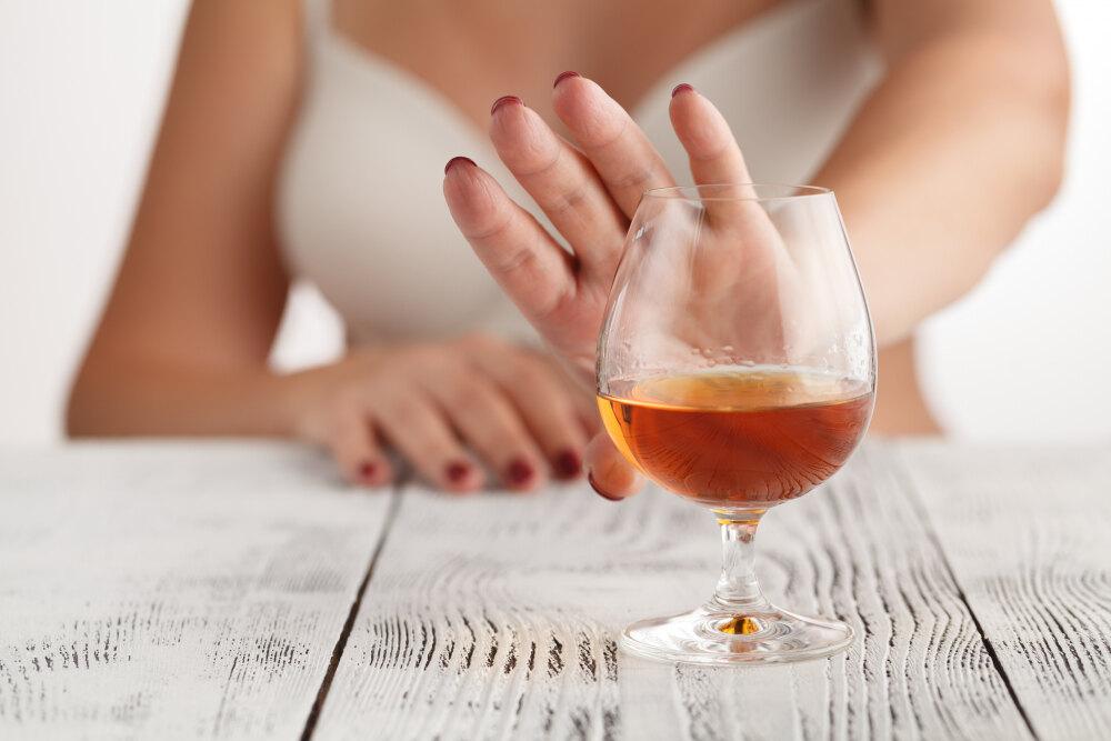 Как отказ от алкоголя на месяц влияет на здоровье | SUPER.UA
