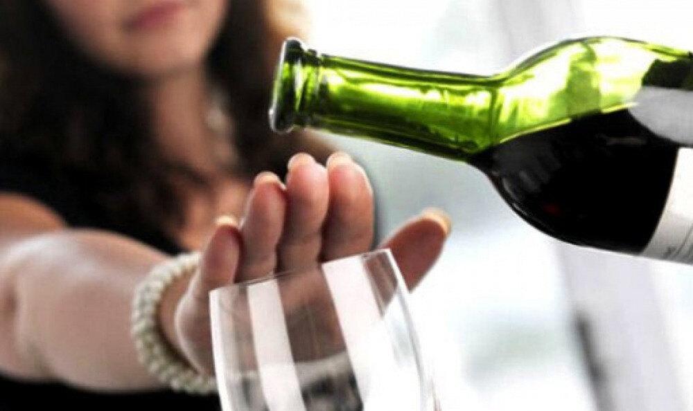 Медики призывают казахстанцев отказаться от алкоголя - новости ...